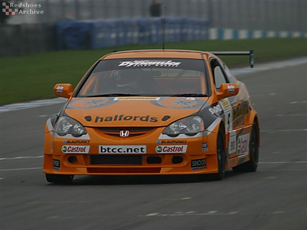 Team Halfords Honda Integra R