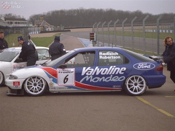 Team Mondeo - Ford Mondeo